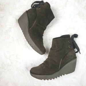 Fly London Olive Green Suede Yama Wedge bootie